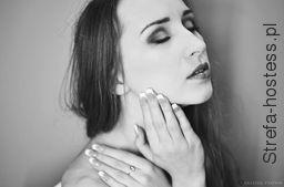 <p>paznokcie: Imagica Artfot. JKozik Fotos</p>