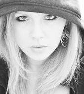 Dominika Dąbrowska - Toruń, Wiek 27. Dołącz tak samo jakDominika do najlepszych hostess, modelek i fotomodelek w Polsce