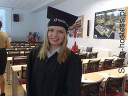 <p>Odbi&oacute;r dyplomu w WSH Wrocław</p>