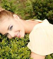 Karolina Piwosz - Poznań, Wiek 24. Dołącz tak samo jakKarolina do najlepszych hostess, modelek i fotomodelek w Polsce