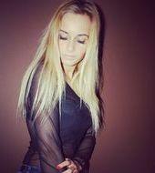 Julia Lewandowska - Toruń, Wiek 22. Dołącz tak samo jakJulia do najlepszych hostess, modelek i fotomodelek w Polsce