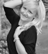 Karolina Dobrowolska - Katowice, Wiek 28. Dołącz tak samo jakKarolina do najlepszych hostess, modelek i fotomodelek w Polsce