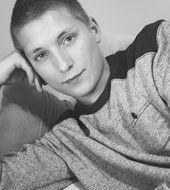 Adrian Klepuszewski - Malbork, Wiek 22. Dołącz tak samo jakAdrian do najlepszych hostess, modelek i fotomodelek w Polsce