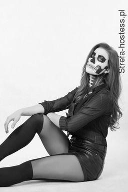 <p>make-up r&oacute;wnież w moim wykonaniu :)</p>