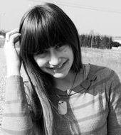 Karolina Adamkiewicz - Jarocin, Wiek 22. Dołącz tak samo jakKarolina do najlepszych hostess, modelek i fotomodelek w Polsce