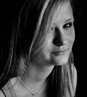 Renata Kazik - Zabrze, Wiek 23. Dołącz tak samo jakRenata do najlepszych hostess, modelek i fotomodelek w Polsce