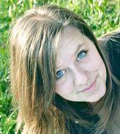Klaudia Szczęch - Oleśnica, Wiek 22. Dołącz tak samo jakKlaudia do najlepszych hostess, modelek i fotomodelek w Polsce
